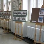 Wystawa prac na korytarzu