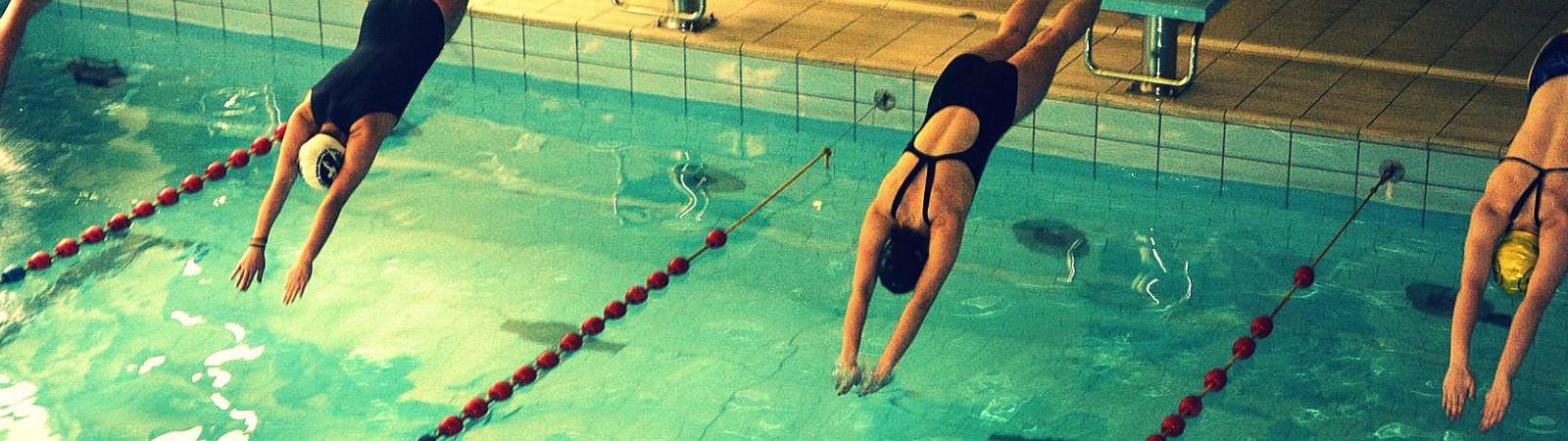 Zawody pływackie